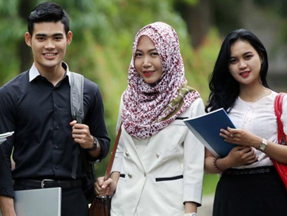 Les Privat Alumni